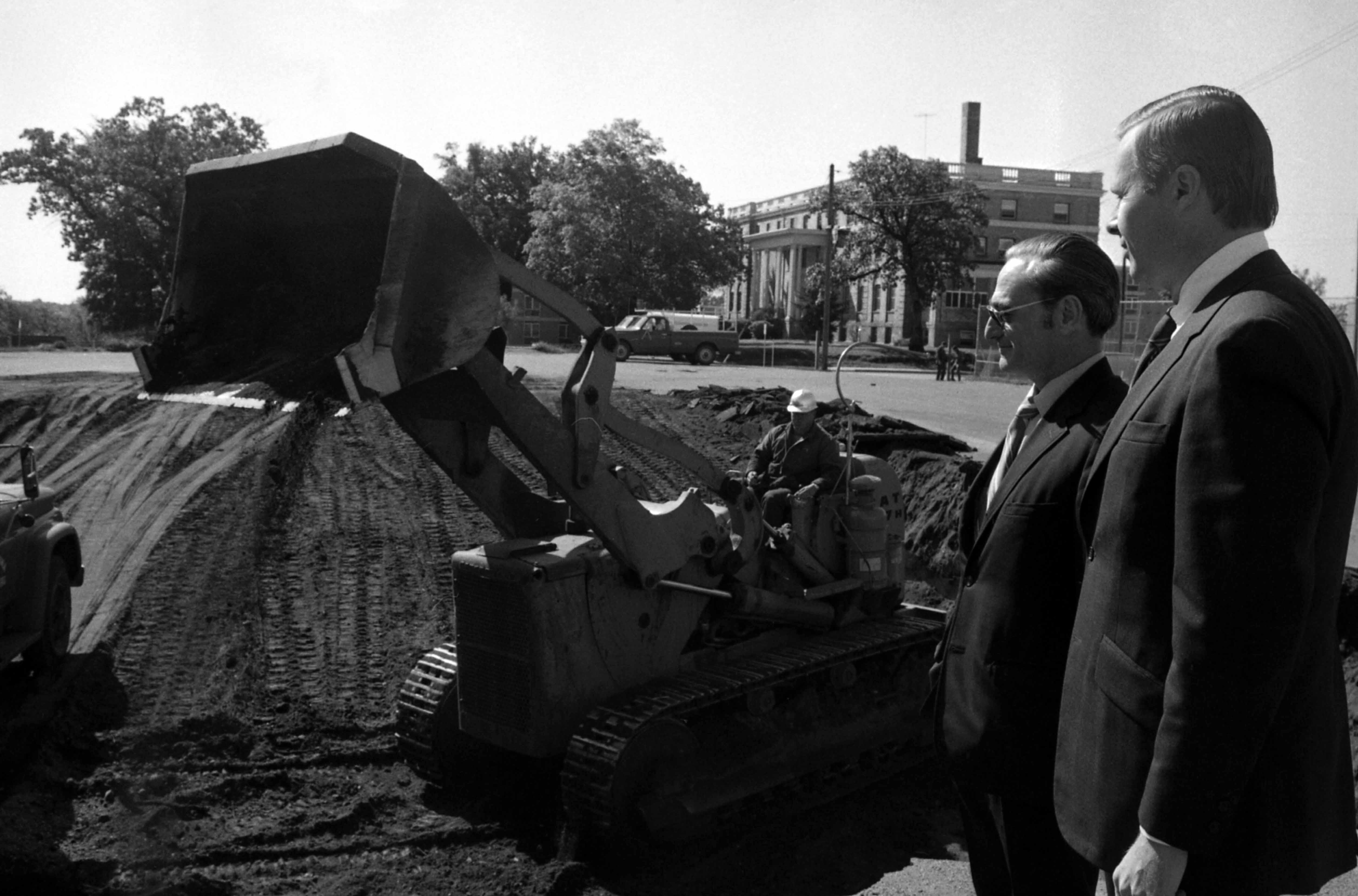 Wick Science Building ground breaking, September 1971