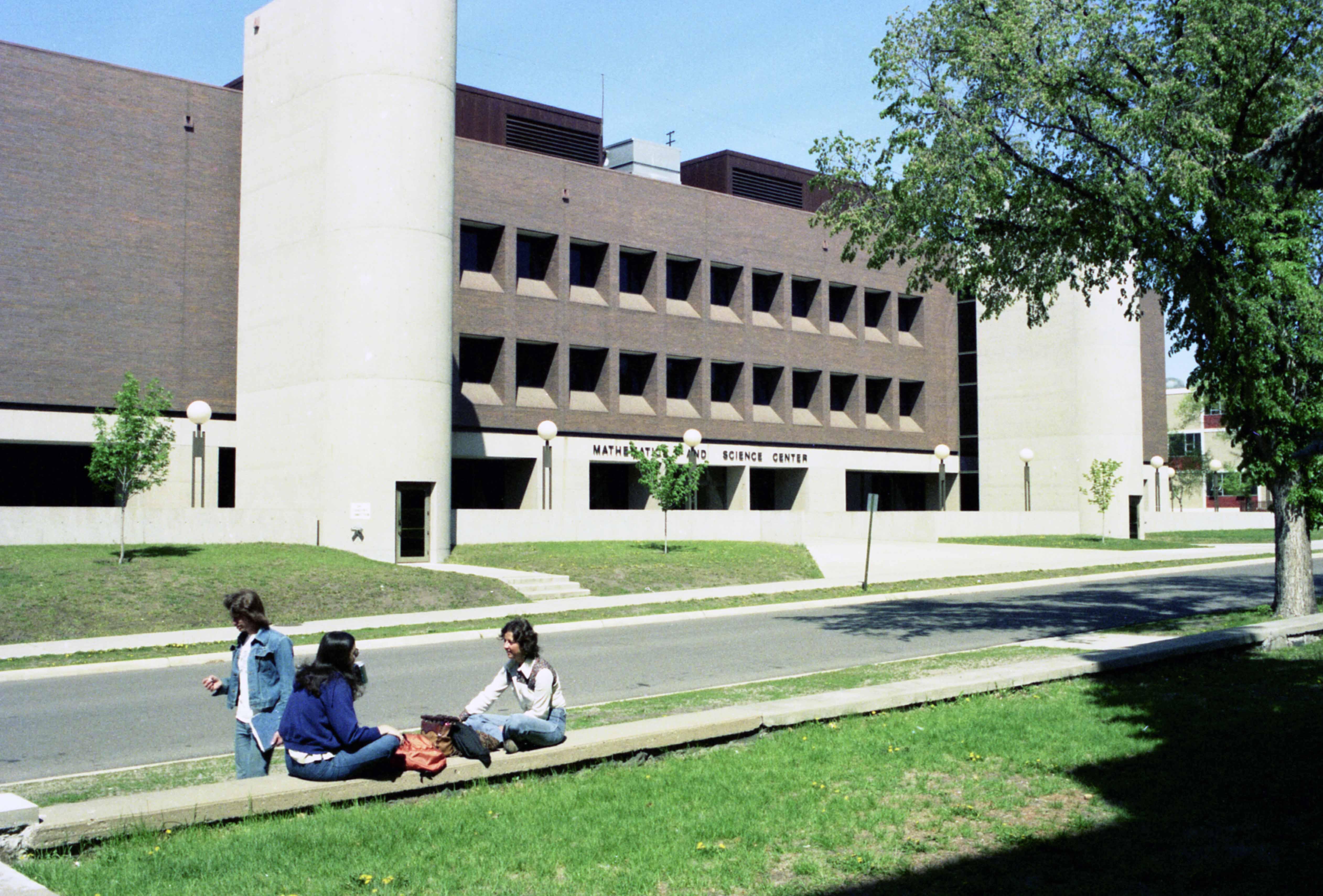 Wick Science Building, 1977