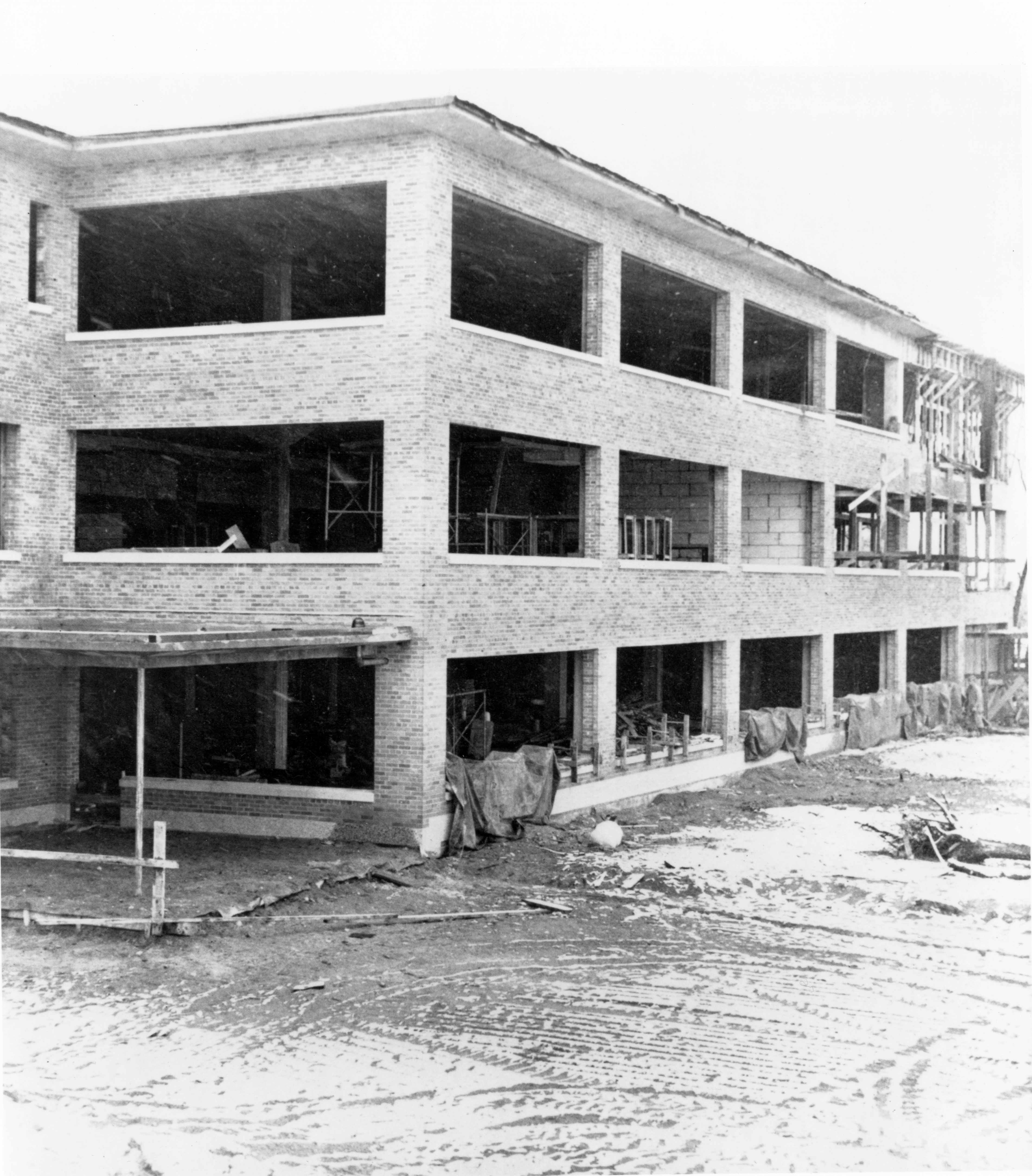 Kiehle Library construction, 1952?