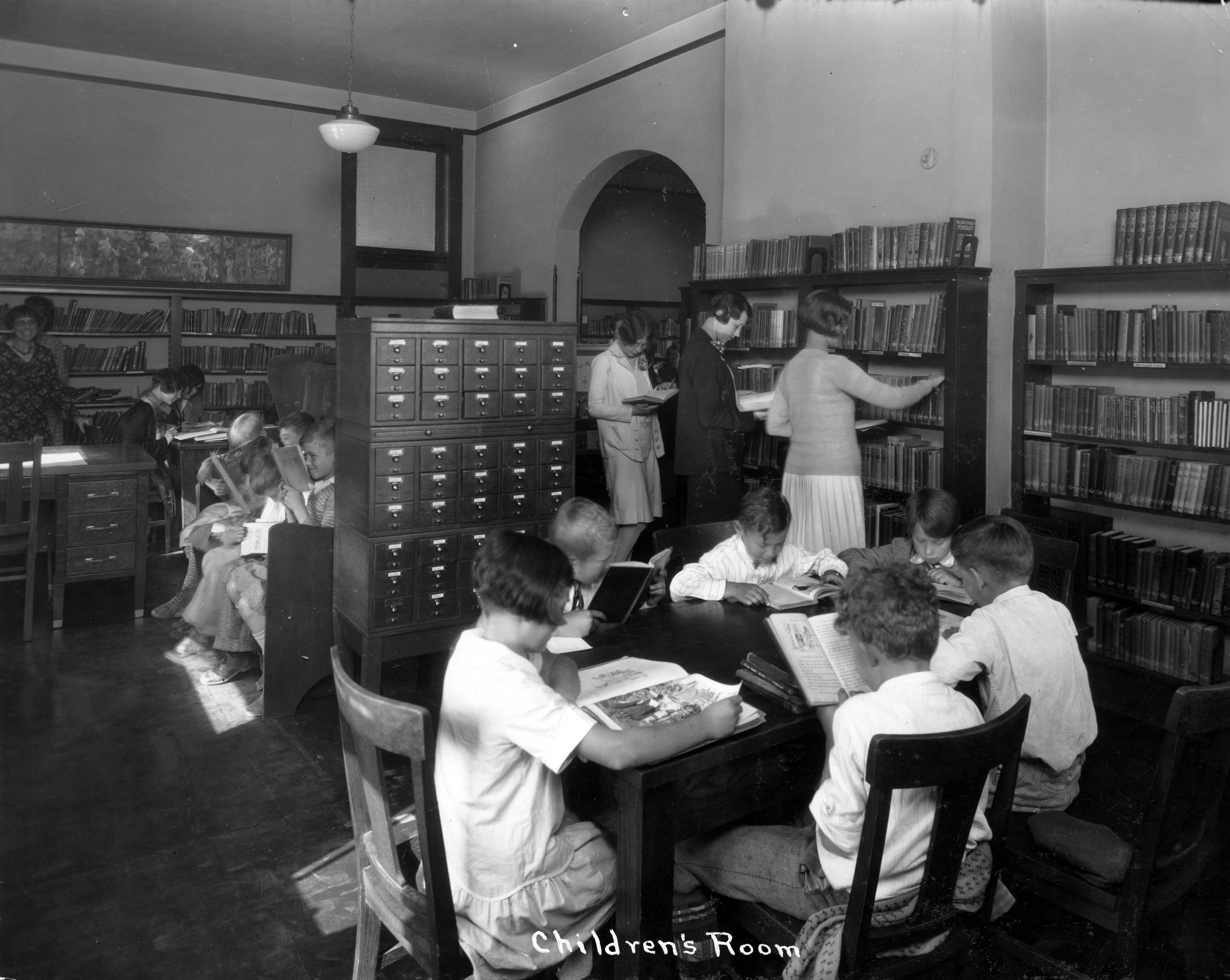 Old Model School library children's room, 1930s