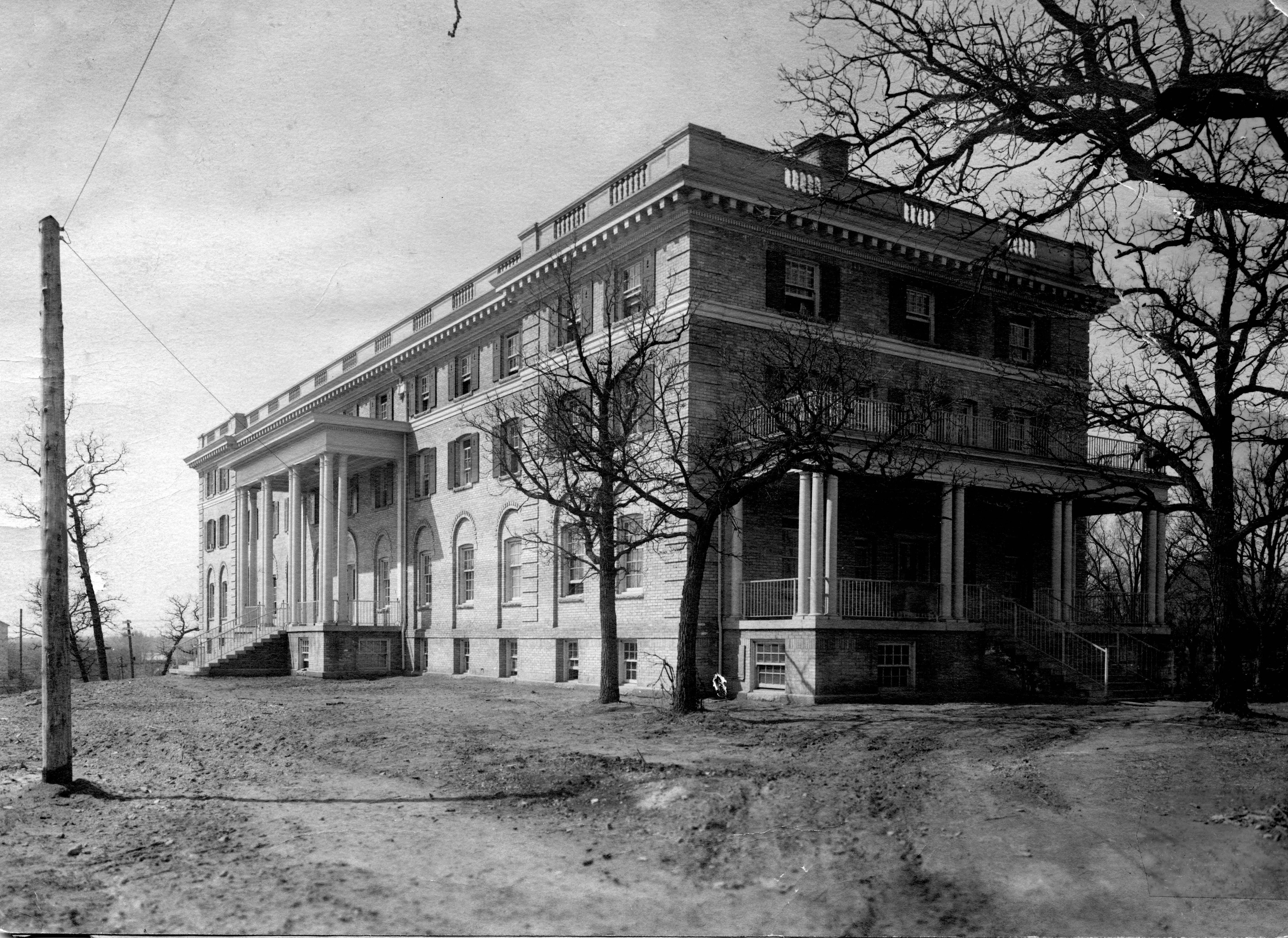 Shoemaker Hall, 1915